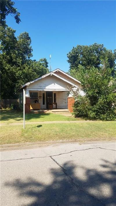 Elk City Single Family Home For Sale: 911 W 2nd