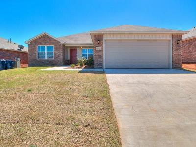 Mustang Single Family Home For Sale