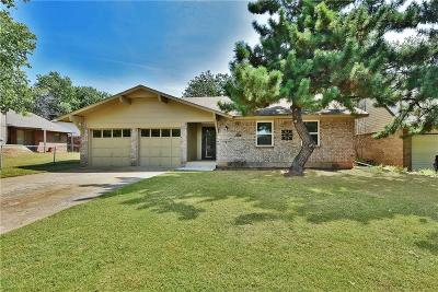 Edmond Single Family Home For Sale: 604 Holly Hill Road