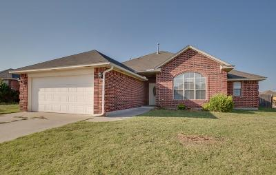 Oklahoma City OK Single Family Home For Sale: $164,875