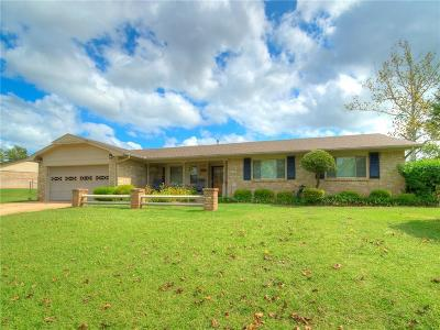 Mustang Single Family Home For Sale: 634 S Aqua Clear Drive