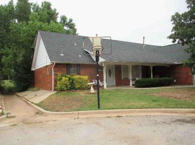 Oklahoma City Single Family Home For Sale: 6529 Westrock