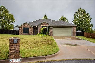 Purcell Single Family Home For Sale: 2200 Headwind Drive