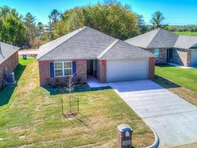 Mustang Single Family Home For Sale: 5613 Gadwall Road