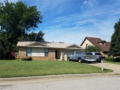Oklahoma City Single Family Home For Sale: 8413 Bigwood Drive