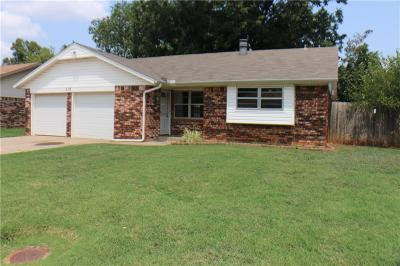 Edmond Single Family Home For Sale: 613 8th Street