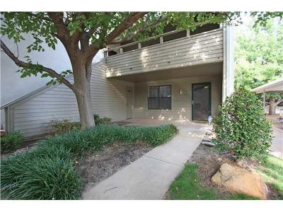 Oklahoma County Condo/Townhouse For Sale: 11140 Stratford Drive #520