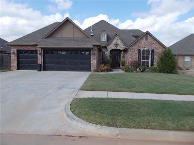 Moore Single Family Home For Sale: 2421 SE 13th
