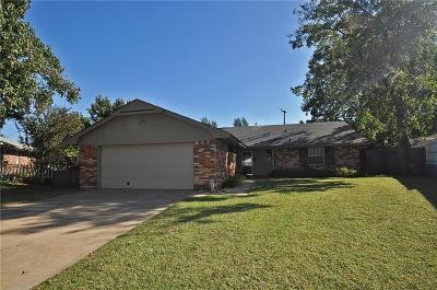 Bethany Single Family Home For Sale: 2708 N Terry Avenue