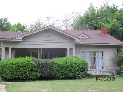 Oklahoma City Single Family Home For Sale: 2012 NW 18th Street