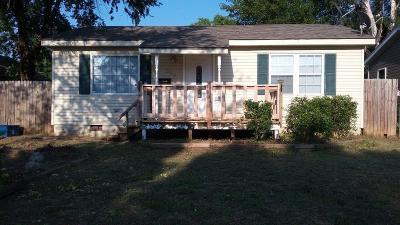 Shawnee Single Family Home For Sale: 613 N Pennsylvania