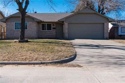 Midwest City Single Family Home For Sale: 813 Royal Avenue