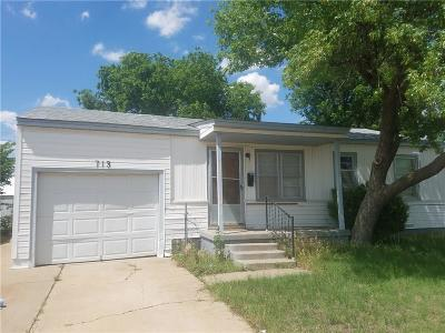 Altus Single Family Home For Sale: 713 Judy