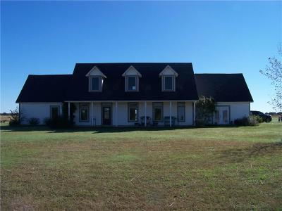 Stroud OK Single Family Home For Sale: $280,000