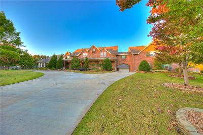 Norman Single Family Home For Sale: 1401 Wandering Oaks Lane