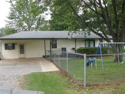 Choctaw OK Single Family Home For Sale: $139,000