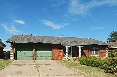 Oklahoma City Single Family Home For Sale: 2625 SW 69th Street
