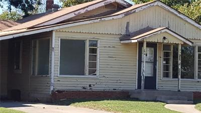 Blanchard Single Family Home For Sale: 307 N Main