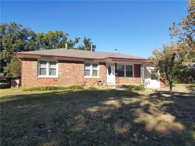 Warr Acres Single Family Home For Sale: 4713 N Stanley Drive