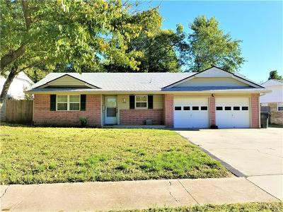 Norman Single Family Home For Sale: 403 Sunrise