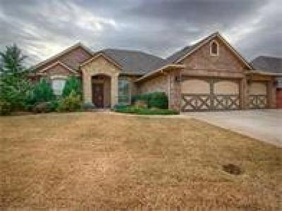 Edmond Single Family Home For Sale: 19413 Crest Ridge