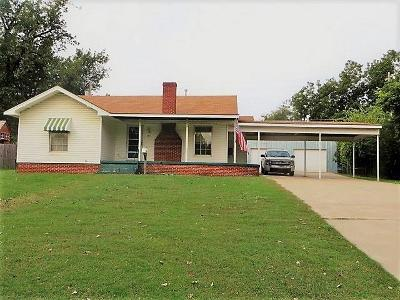 Chickasha Single Family Home For Sale: 1314 S 17th Street