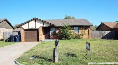Oklahoma City Rental For Rent: 1105 SW 102nd Street