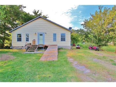 McClain County Single Family Home For Sale: 105 W Meek