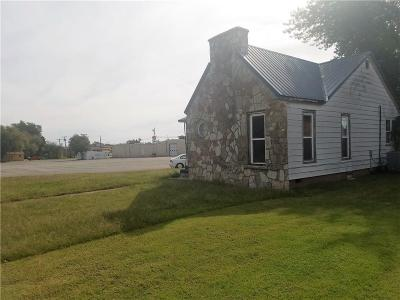 Elk City Single Family Home For Sale: 1500 W 2nd Street