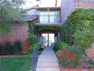 Oklahoma City Condo/Townhouse For Sale: 6206 Waterford #67