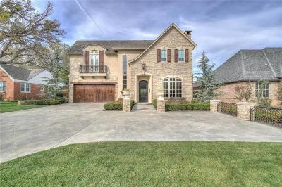 Nichols Hills Single Family Home For Sale: 1703 Windsor Place