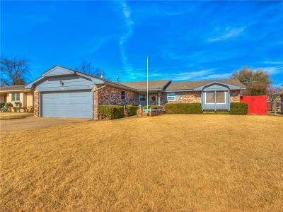 Oklahoma City Single Family Home For Sale: 1305 SW 69th Street