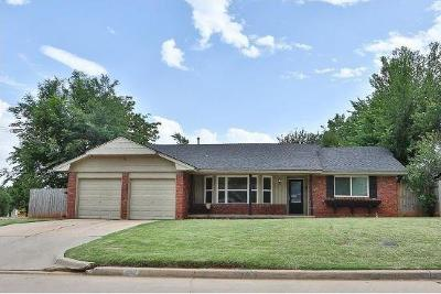 Oklahoma City Single Family Home For Sale: 3300 NW 65th Street