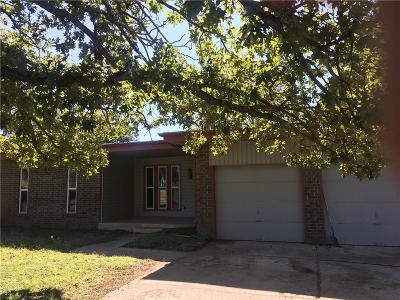 Oklahoma City Single Family Home For Sale: 7116 E Wilshire Boulevard