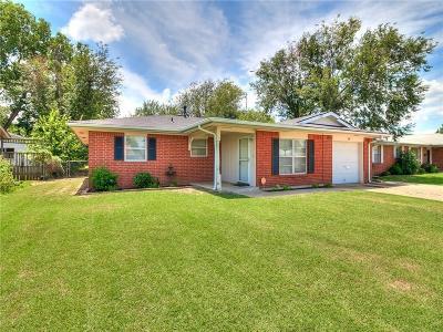 Norman Single Family Home For Sale: 100 E Ridge