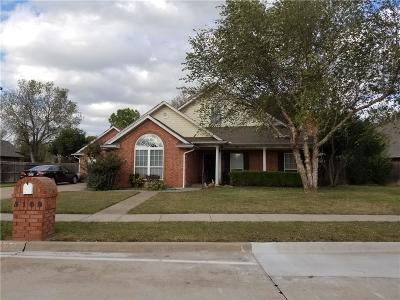 Norman Single Family Home For Sale: 5109 Cypress Lake Drive