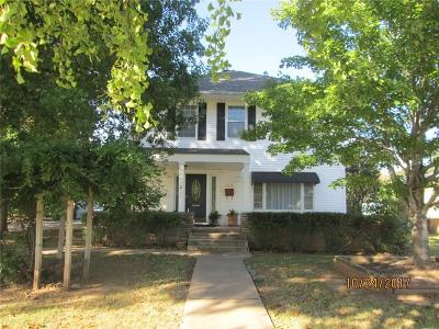 Purcell Single Family Home For Sale