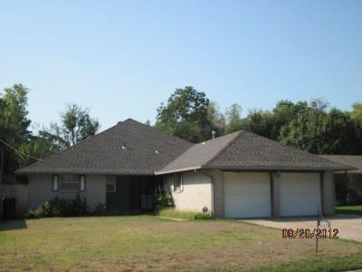 Oklahoma City Single Family Home For Sale: 4920 NW 26th Street