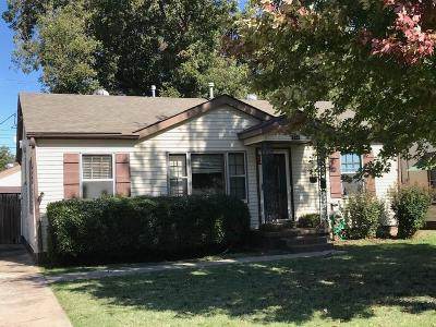 Single Family Home For Sale: 203 W Georgia