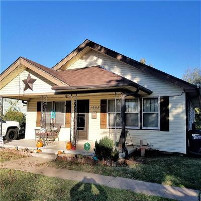 Shawnee Single Family Home For Sale: 1605 N Market