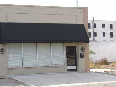 Commercial For Sale: 114 E Cypress Street