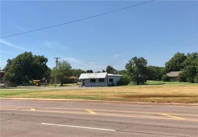 Elk City Commercial For Sale: 200 N Madison