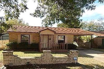 Midwest City Single Family Home For Sale: 316 E Harmon Drive