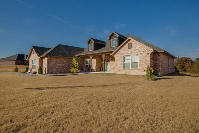 Choctaw OK Single Family Home For Sale: $276,330