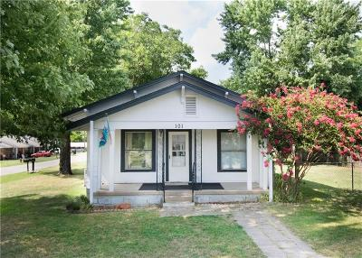 Noble Single Family Home For Sale: 101 E Ash