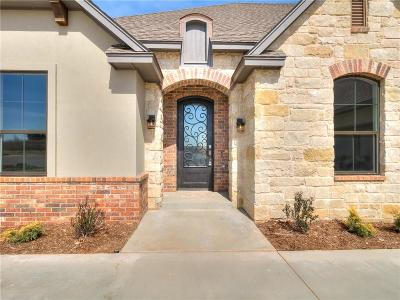 Norman Single Family Home For Sale: 717 Legacy