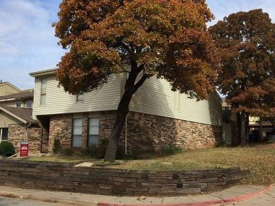Edmond Condo/Townhouse For Sale: 1901 Windhill