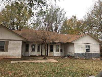 Blanchard OK Single Family Home For Sale: $19,900