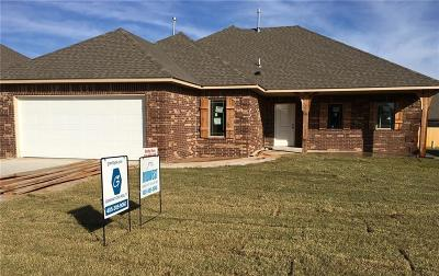 Harrah Single Family Home For Sale: 20551 Pioneer Dr