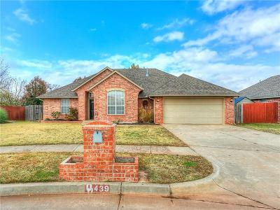 Mustang Single Family Home For Sale: 439 W Pines Way